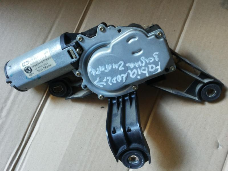 Мотор чистачки  Skoda Fabia 2003г