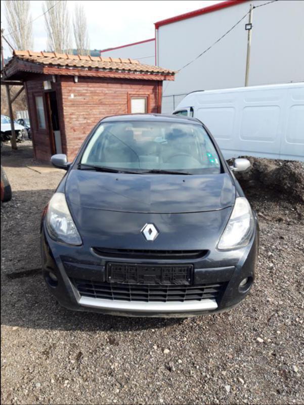 Renault Clio 1.2 НА ЧАСТИ