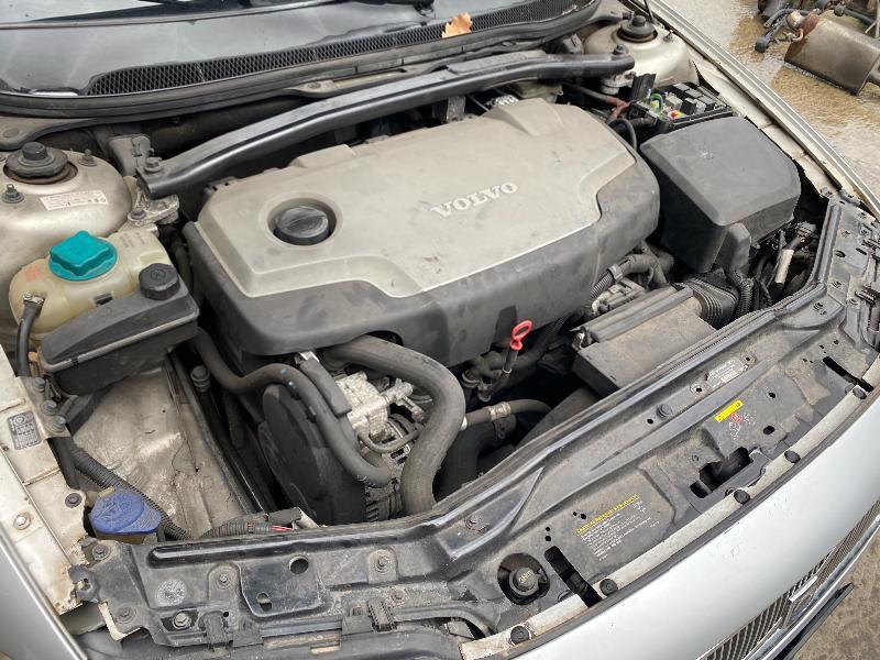 Volvo V70 2.4-D5 на части !!!, снимка 9