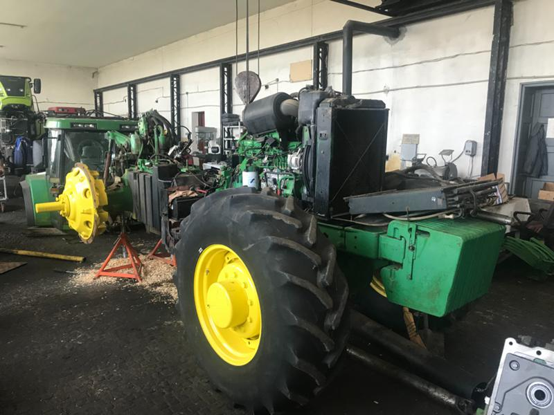 Трактор John Deere 7800 НА ЧАСТИ POWER QUAD