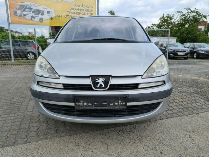 Peugeot 807 2.2HDI